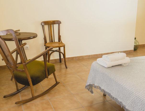 habitacio2_cadires